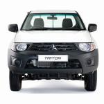 Mitsubishi Triton Special Front